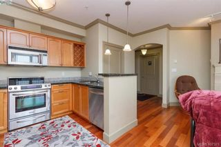 Photo 12: 207 1642 McKenzie Ave in VICTORIA: SE Lambrick Park Condo for sale (Saanich East)  : MLS®# 809590