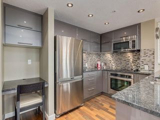 Photo 12: 703 1110 3 Avenue NW in Calgary: Hillhurst Apartment for sale : MLS®# C4268396