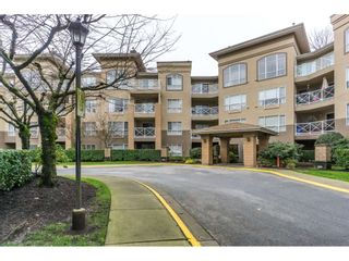 """Photo 2: 424 2551 PARKVIEW Lane in Port Coquitlam: Central Pt Coquitlam Condo for sale in """"THE CRESCENT"""" : MLS®# R2228836"""