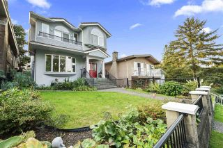 Photo 1: 121 N FELL Avenue in Burnaby: Capitol Hill BN House for sale (Burnaby North)  : MLS®# R2505852