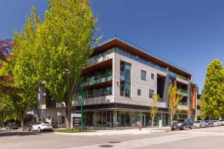 """Photo 3: 305 717 W 17TH Avenue in Vancouver: Cambie Condo for sale in """"Heather & 17th"""" (Vancouver West)  : MLS®# R2581500"""