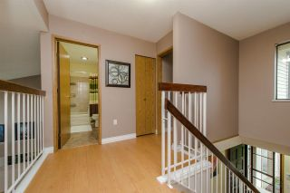 """Photo 10: 10 33951 MARSHALL Road in Abbotsford: Central Abbotsford Townhouse for sale in """"Arrowwood Village"""" : MLS®# R2319685"""