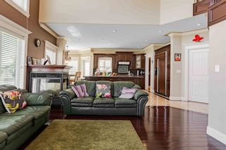 Photo 11: 5208 156 Avenue in Edmonton: Zone 03 House for sale : MLS®# E4252459