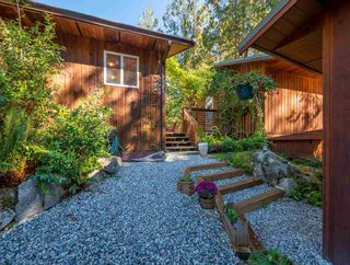 """Photo 28: 13702 CAMP BURLEY Road in Garden Bay: Pender Harbour Egmont House for sale in """"Mixal Lake"""" (Sunshine Coast)  : MLS®# R2485235"""