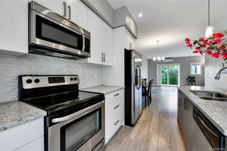 Photo 7: 109 2821 Jacklin Rd in Langford: La Langford Proper Row/Townhouse for sale : MLS®# 845096
