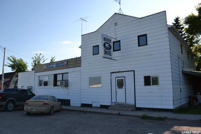 Main Photo: 113 1st Avenue in Meacham: Commercial for sale : MLS®# SK834293
