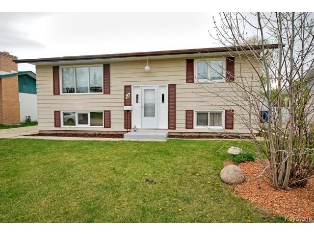 Main Photo: 27 Blue Spruce Crescent in WINNIPEG: St Vital Residential for sale (South East Winnipeg)  : MLS®# 1512368