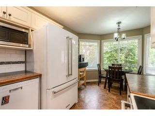 """Photo 4: 12 20761 TELEGRAPH Trail in Langley: Walnut Grove Townhouse for sale in """"Woodbridge"""" : MLS®# R2456523"""