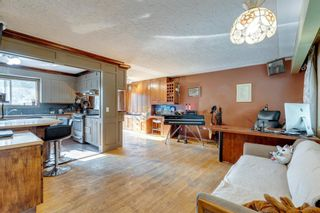 Photo 3: 71 Columbia Place NW in Calgary: Collingwood Detached for sale : MLS®# A1135590