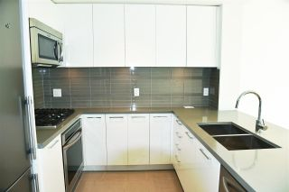 """Photo 3: 1601 4880 BENNETT Street in Burnaby: Metrotown Condo for sale in """"CHANCELOR"""" (Burnaby South)  : MLS®# R2538424"""