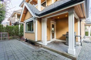 Photo 1: 875 RIDGEWAY Avenue in North Vancouver: Central Lonsdale Townhouse for sale : MLS®# R2039049