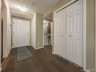 Photo 11: 104 1007 Caledonia Ave in VICTORIA: Vi Central Park Condo for sale (Victoria)  : MLS®# 739752