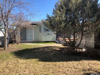 Photo 3: 212 4A Street East in Nipawin: Residential for sale : MLS®# SK867214
