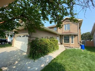 Main Photo: 652 Shawinigan Drive SW in Calgary: Shawnessy Detached for sale : MLS®# A1132826