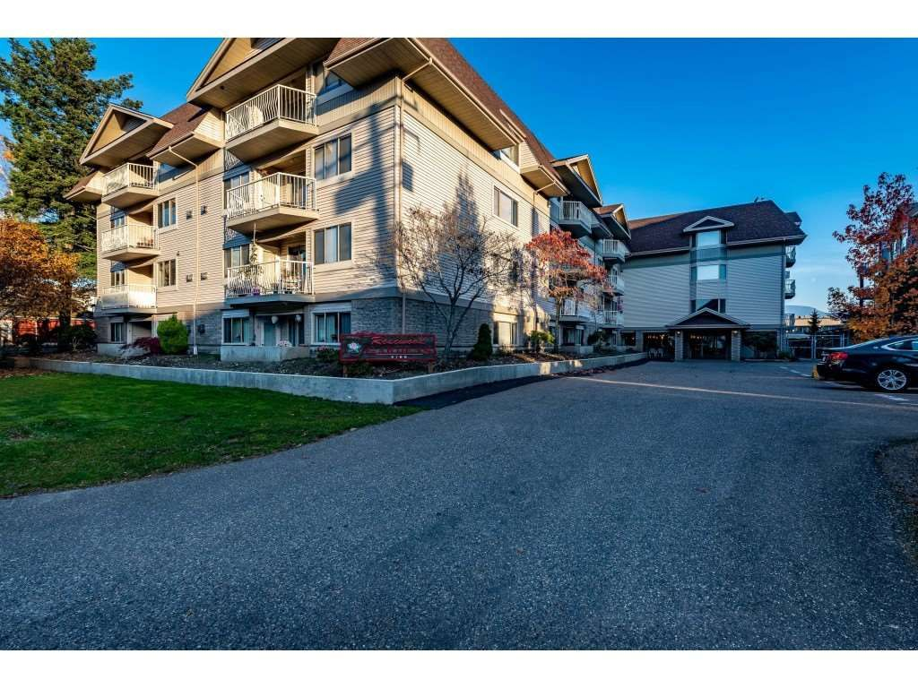 "Main Photo: 310 9186 EDWARD Street in Chilliwack: Chilliwack W Young-Well Condo for sale in ""ROSEWOOD GARDENS"" : MLS®# R2417881"