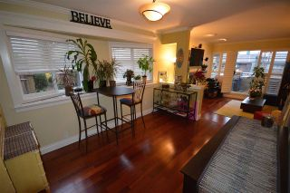 Photo 7: 211 E 4TH STREET in North Vancouver: Lower Lonsdale Townhouse for sale : MLS®# R2024160