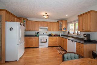 Photo 5: 1517 CHESTNUT Crescent: Telkwa House for sale (Smithers And Area (Zone 54))  : MLS®# R2579772