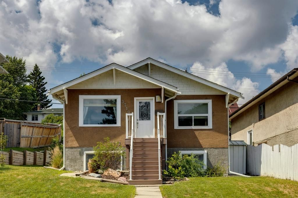 Main Photo: 3719 Centre A Street NE in Calgary: Highland Park Detached for sale : MLS®# A1126829