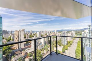 """Photo 1: 2305 620 CARDERO Street in Vancouver: Coal Harbour Condo for sale in """"CARDERO"""" (Vancouver West)  : MLS®# R2603652"""