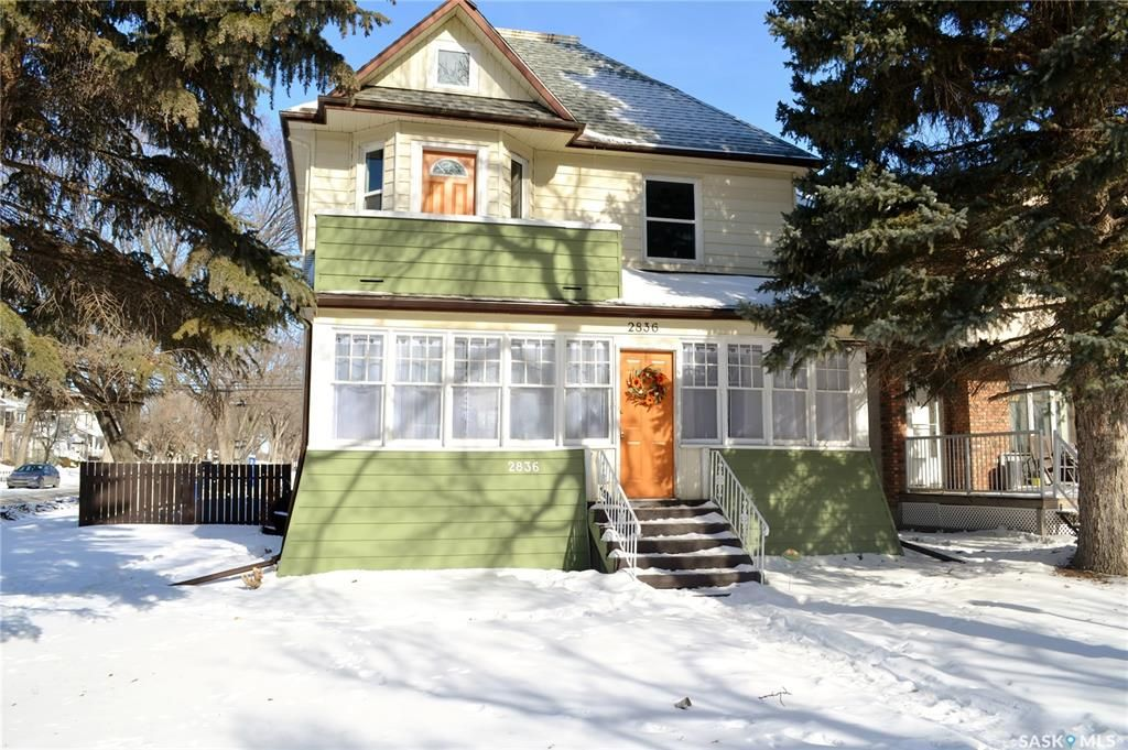 Main Photo: 2836 Victoria Avenue in Regina: Cathedral RG Residential for sale : MLS®# SK842094