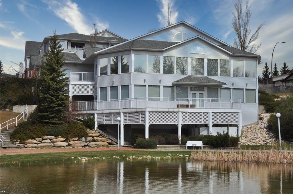 Photo 29: Photos: 3303 HAWKSBROW Point NW in Calgary: Hawkwood Apartment for sale : MLS®# C4305042