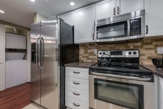 """Photo 13: 1202 130 E 2ND Street in North Vancouver: Lower Lonsdale Condo for sale in """"The Olympic"""" : MLS®# R2416935"""