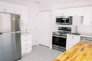 Photo 9: 117 Acadia Court in Saskatoon: West College Park Residential for sale : MLS®# SK870453
