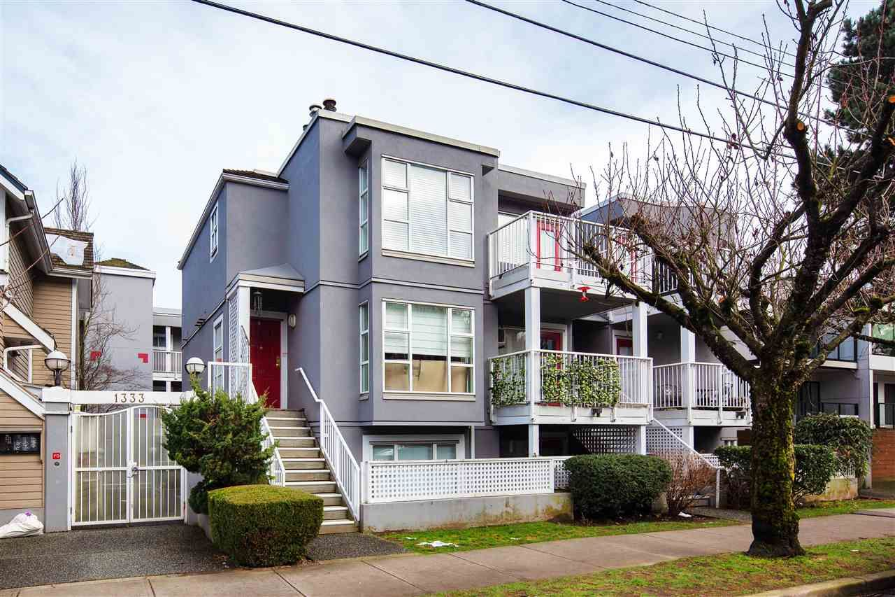 "Main Photo: 407 1333 W 7TH Avenue in Vancouver: Fairview VW Condo for sale in ""WINDGATE ENCORE"" (Vancouver West)  : MLS®# R2540185"
