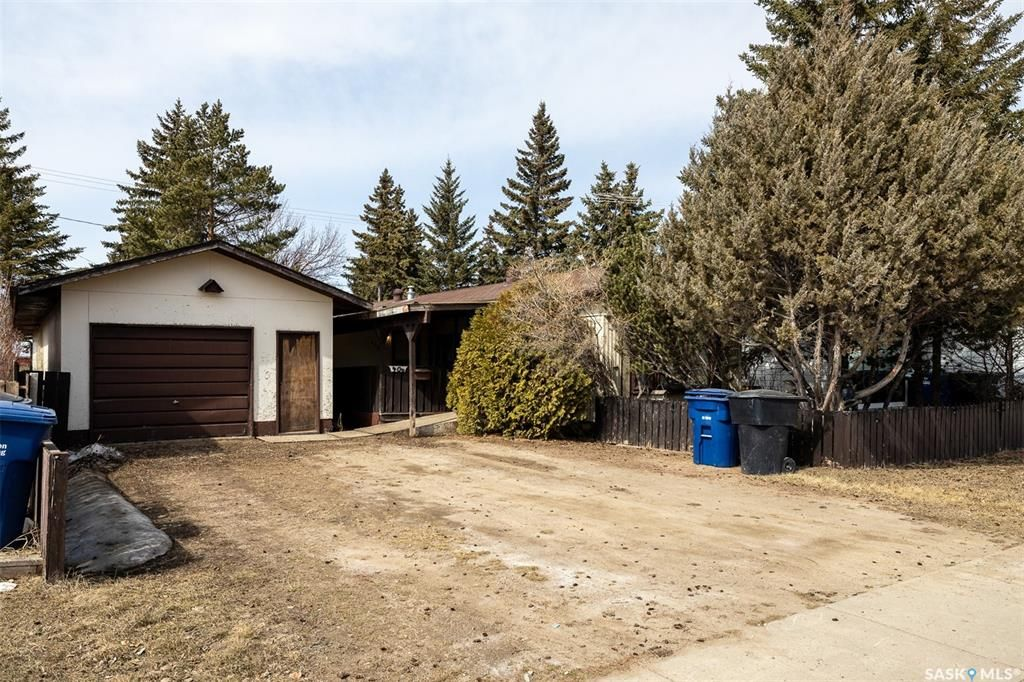 Main Photo: 406 1st Avenue South in Martensville: Residential for sale : MLS®# SK849306