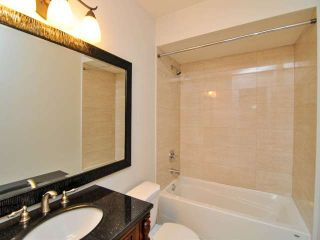 "Photo 13: 887 CUNNINGHAM Lane in Port Moody: North Shore Pt Moody Townhouse for sale in ""WOODSIDE VILLAGE"" : MLS®# V1021537"