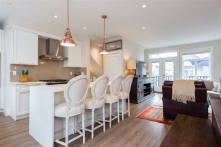 """Photo 5: 33 7665 209 Street in Langley: Willoughby Heights Townhouse for sale in """"ARCHSTONE YORKSON"""" : MLS®# R2307315"""