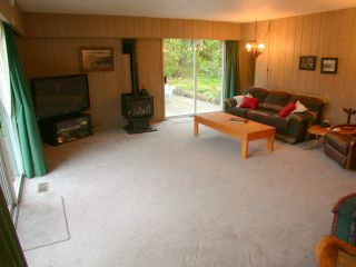 Photo 7: 802 HERITAGE Boulevard in North Vancouver: Seymour House for sale : MLS®# V952185