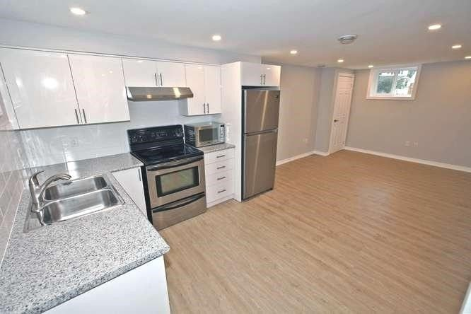 Photo 5: Photos: Lower 14 Furnival Road in Toronto: O'Connor-Parkview House (2-Storey) for lease (Toronto E03)  : MLS®# E4474374