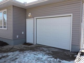 Photo 3: 8 Dalewood Crescent in Yorkton: Residential for sale : MLS®# SK846294