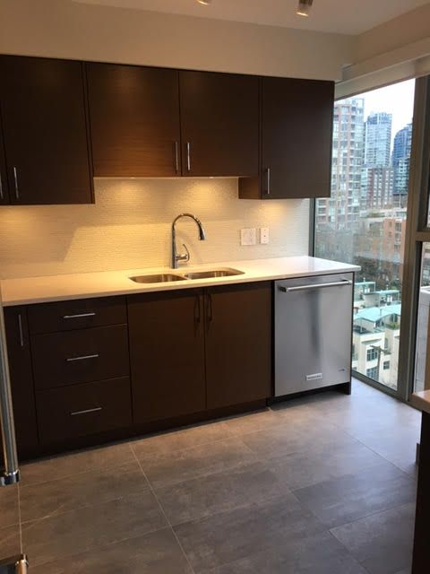 Photo 7: Photos: 1102-1000 Beach in Vancouver: Yaletown False Creek Condo for rent (Downtown Vancouver)