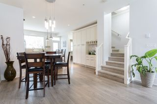 """Photo 4: 4 12161 237 Street in Maple Ridge: East Central Townhouse for sale in """"VILLAGE GREEN"""" : MLS®# R2097665"""