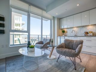 """Photo 7: 1301 8570 RIVERGRASS Drive in Vancouver: South Marine Condo for sale in """"AVALON PARK 2 - RIVER DISTRICT"""" (Vancouver East)  : MLS®# R2444110"""