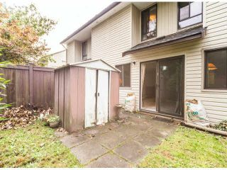 """Photo 8: 805 9274 122ND Street in Surrey: Queen Mary Park Surrey Townhouse for sale in """"WHISPERING CEDARS"""" : MLS®# F1425476"""