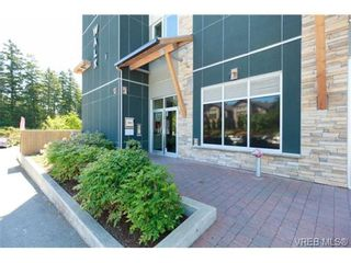 Photo 2: 307 611 Brookside Rd in VICTORIA: Co Latoria Condo for sale (Colwood)  : MLS®# 733632