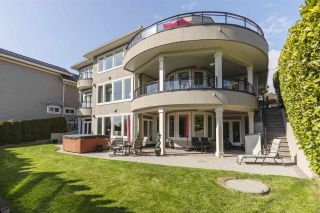 """Photo 31: 14342 SUNSET Drive: White Rock House for sale in """"White Rock Beach"""" (South Surrey White Rock)  : MLS®# R2560291"""