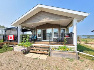 Photo 1: 522 Diamond Willow Drive in Lac Des Iles: Residential for sale : MLS®# SK864082