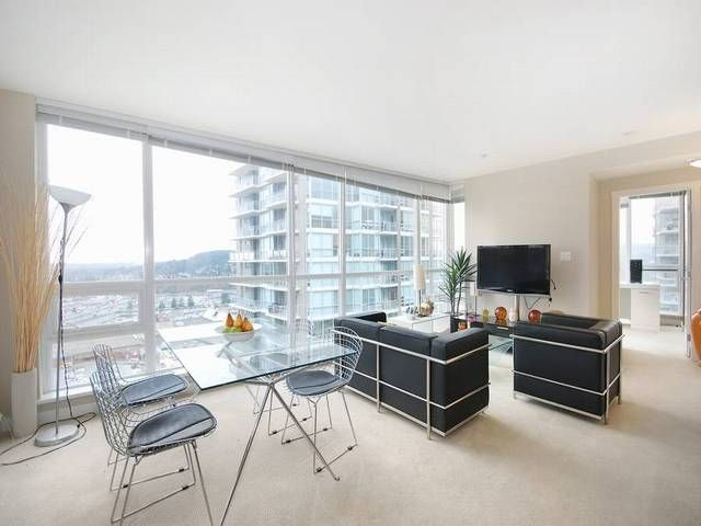 """Main Photo: 3006 2978 GLEN Drive in Coquitlam: North Coquitlam Condo for sale in """"GRAND CENTRAL ONE"""" : MLS®# R2139027"""