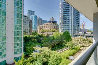 """Photo 12: 701 821 CAMBIE Street in Vancouver: Yaletown Condo for sale in """"Raffles on Robson"""" (Vancouver West)  : MLS®# R2509308"""