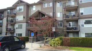 """Photo 1: 111 2581 LANGDON Street in Abbotsford: Abbotsford West Condo for sale in """"COBBLESTONE"""" : MLS®# R2258869"""