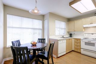 """Photo 11: 73 12099 237 Street in Maple Ridge: East Central Townhouse for sale in """"GABRIOLA"""" : MLS®# R2163095"""