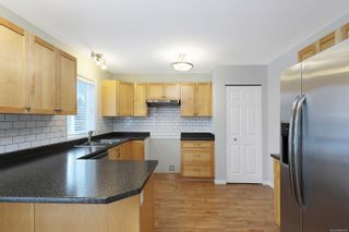 Photo 4: 2823 Piercy Ave in : CV Courtenay City House for sale (Comox Valley)  : MLS®# 866742
