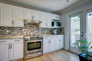 Photo 14: 21 Malibou Road SW in Calgary: Meadowlark Park Detached for sale : MLS®# A1121148