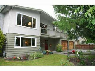 Photo 1: 5430 Crescent Drive in Ladner: Home for sale : MLS®# V1096072