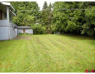 "Photo 9: 13809 HARPER Road in Surrey: Bolivar Heights House for sale in ""BOLIVAR HEIGHTS"" (North Surrey)  : MLS®# F2906215"