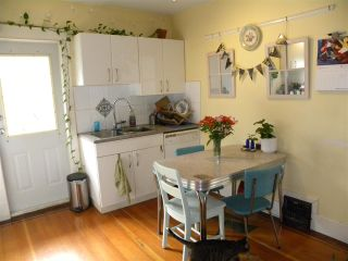"Photo 15: 2838 - 2840 FRASER Street in Vancouver: Mount Pleasant VE House for sale in ""MT PLEASANT"" (Vancouver East)  : MLS®# R2487518"